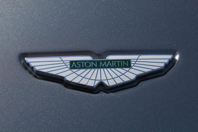 14_dynamic-motors.com.ua_Aston_Martin_V8_Vantage
